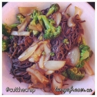 Black Bean Pasta with Broccoli