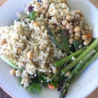 Warm Chickpeas Salad with Asparagus